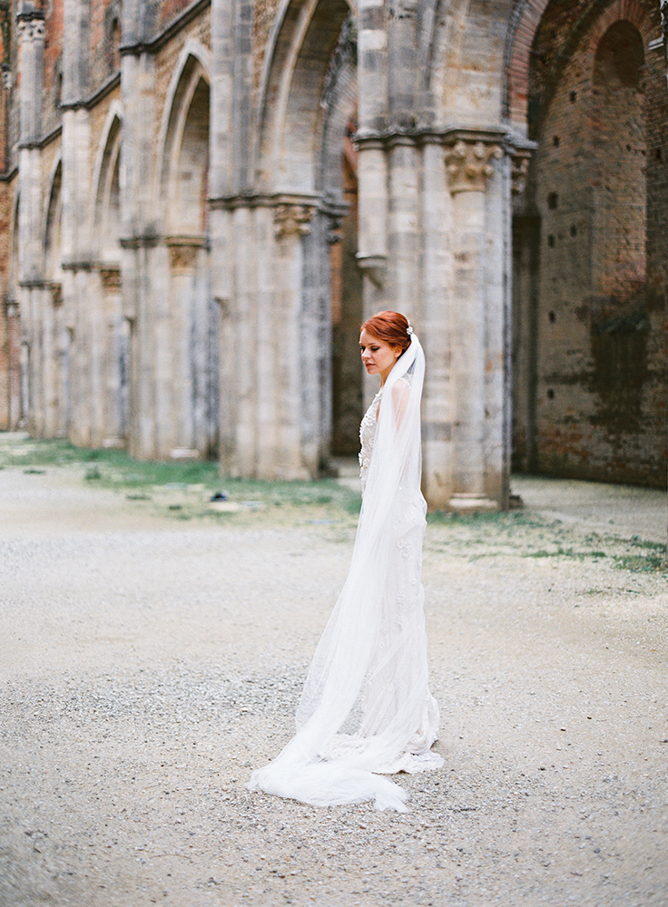 cathedral tulle bridal veil