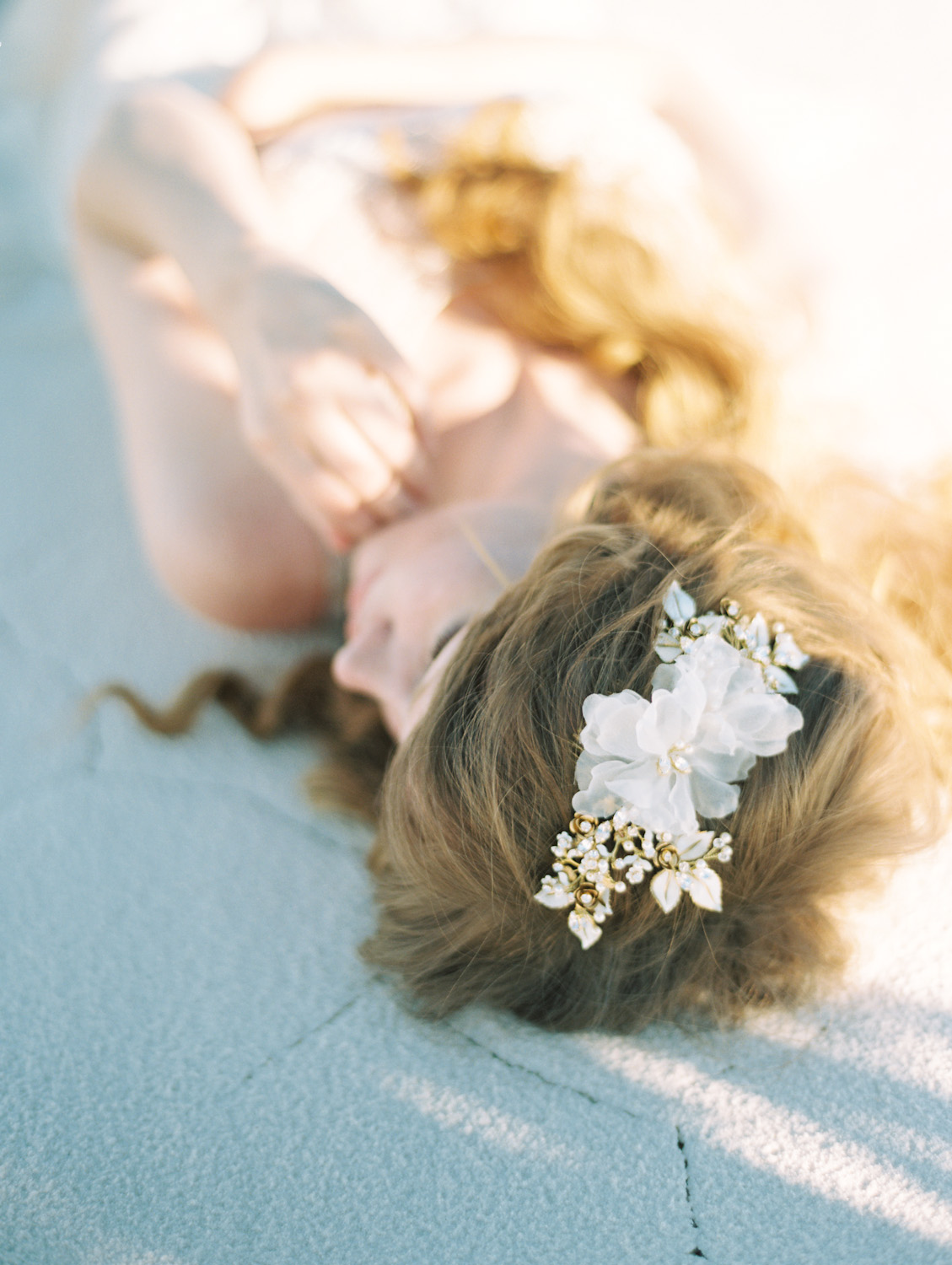Silk flower hair comb sibo designs bridal adornments veils sibo designs 2015 windswept collection style 411 silk floral bridal headpiece mightylinksfo
